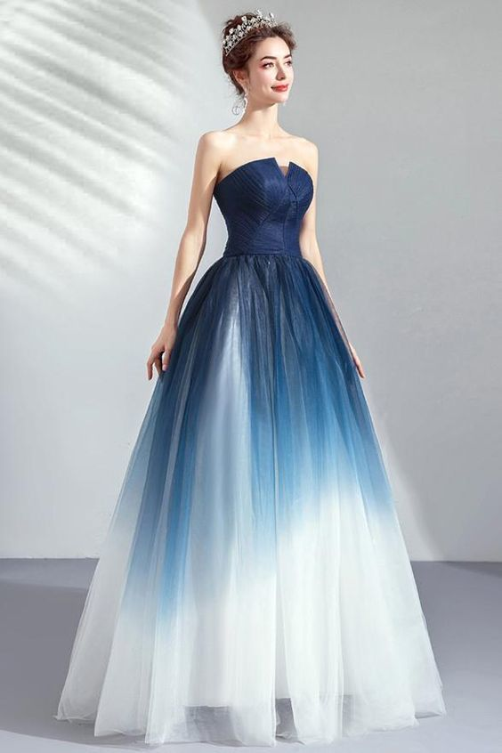 61 MOST BEAUTIFUL AND BEAUTIFUL DRESSES